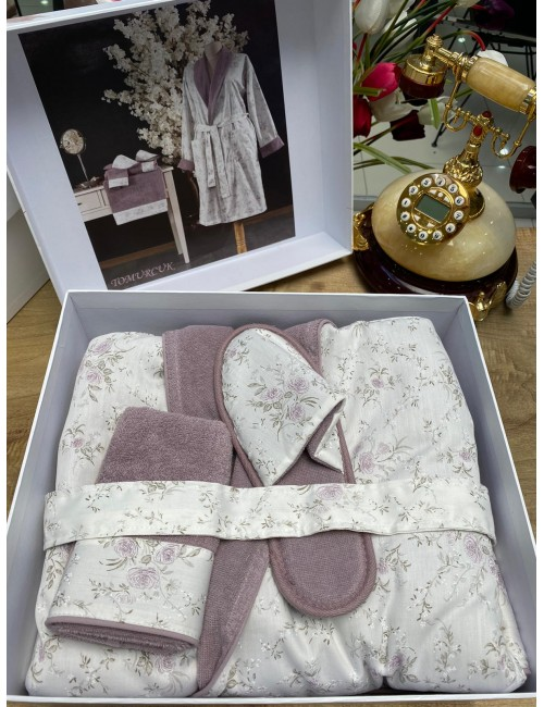 GELIN HOME TOMURCUK LILA / Подарочный банный набор Soft cotton (халат с полотенцами) Размер S/M